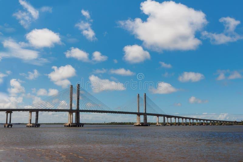 桥梁Ponte Construtor若昂Alves在阿拉卡茹, Sergipe,巴西 免版税库存图片