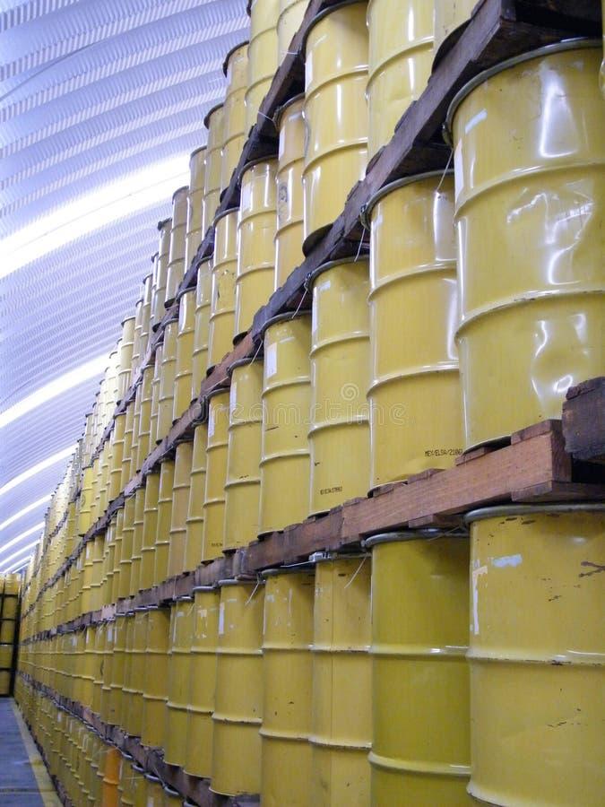 桶橙汁在仓库,佛罗里达里 库存照片