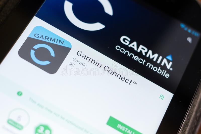 梁赞,俄罗斯- 2018年6月24日:Garmin连接在片剂个人计算机显示的流动app  库存图片