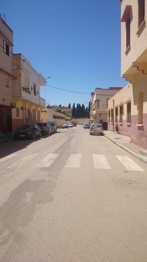 从梅克内斯的巴勒斯坦街,马格里布的状态 库存照片