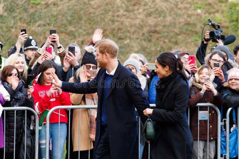 梅格汉・马克尔王子哈里和访问加的夫,南威尔士,英国 免版税库存照片