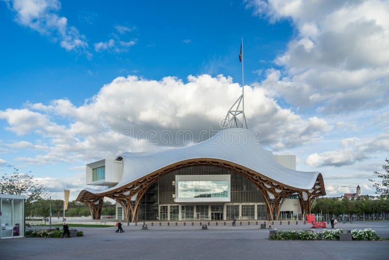 梅茨,法国欧洲- 9月24日:篷皮杜中心的看法 免版税库存图片