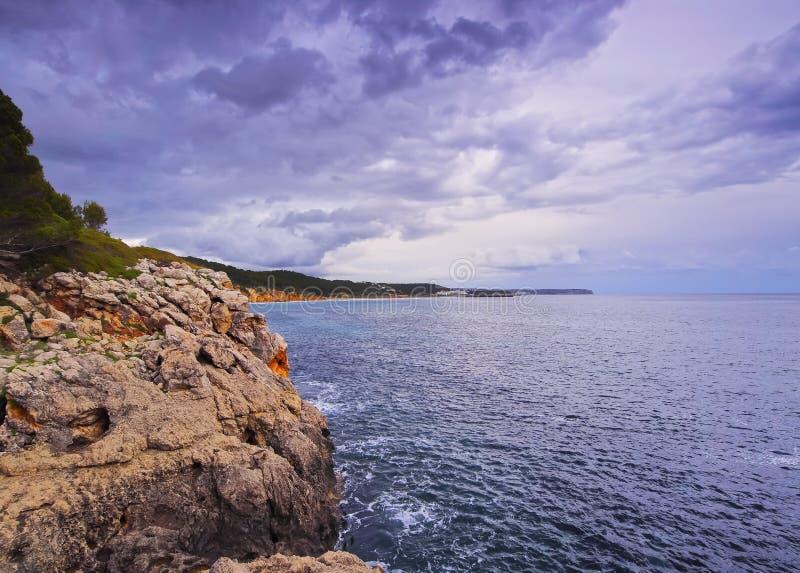 梅诺卡岛南部的海岸线  库存图片