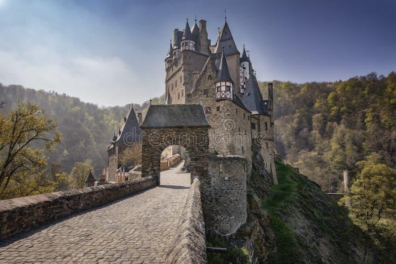 梦想城堡Eltz 免版税图库摄影
