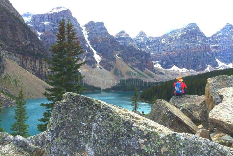 梦莲湖,加拿大激动人心的景色  免版税库存图片