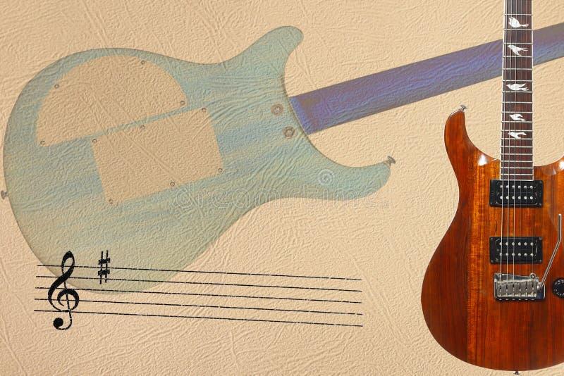 梯级和吉他身体异乎寻常的木电吉他和后面在轻的皮肤背景的右边 免版税库存照片