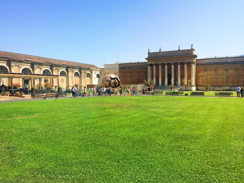 梵蒂冈-一个圣地、基督徒文化的心脏和宗教 免版税库存照片