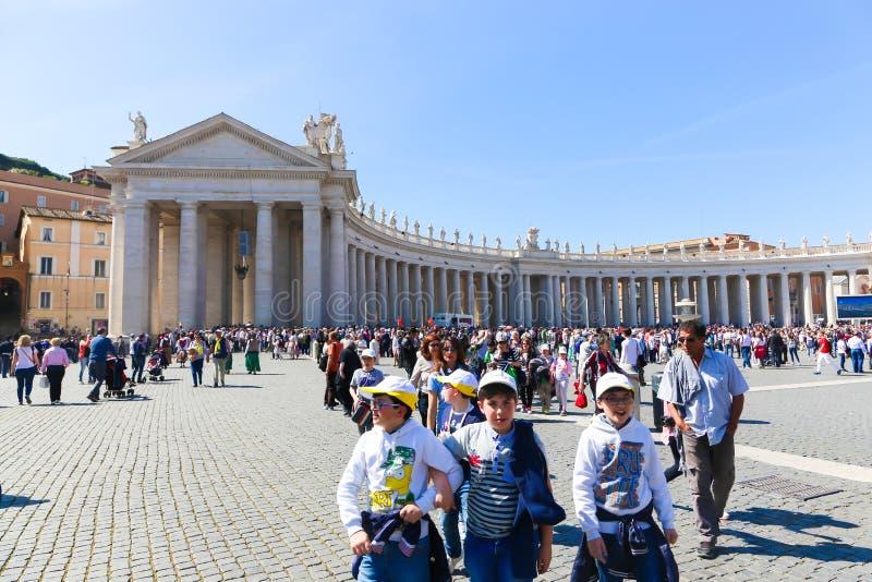 梵蒂冈-意大利的游人 库存照片