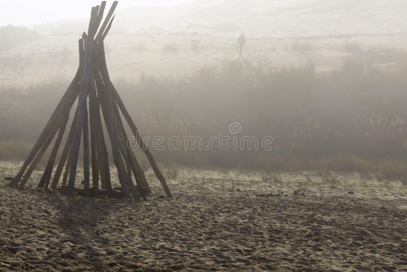 棍子小屋在沙滩的 图库摄影