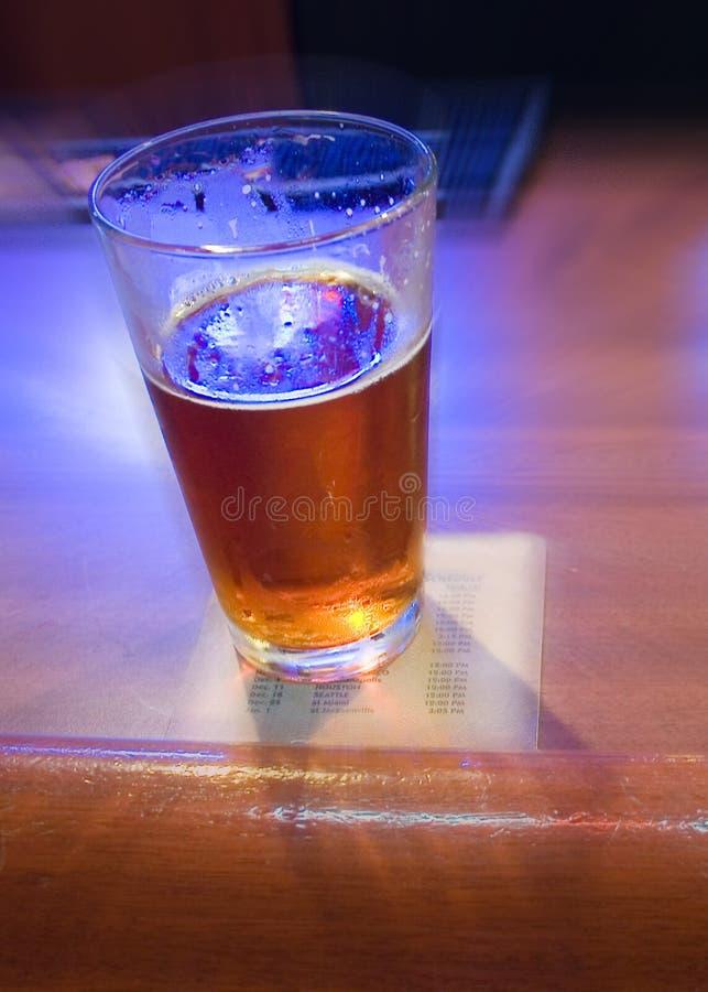 棒啤酒迷离草稿 库存照片