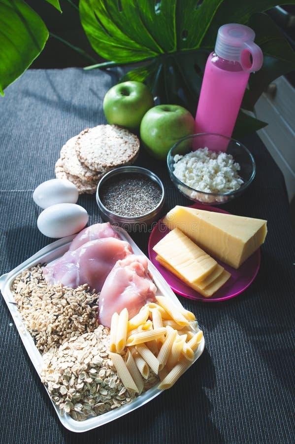 棒谷物节食健身 营养和体育题材  图库摄影