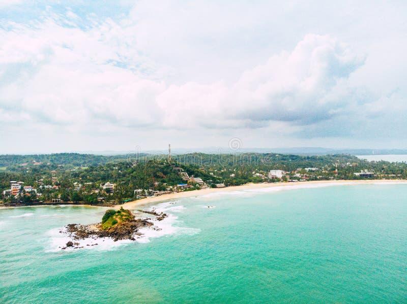 棕榈滩海岸线,佛罗里达美好的鸟瞰图  轻率冒险 免版税库存照片
