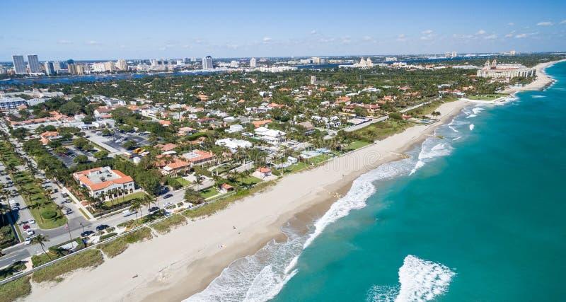 棕榈滩空中海岸线,佛罗里达-美国 免版税库存照片