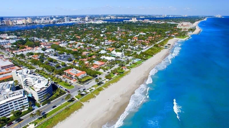 棕榈滩,佛罗里达 海岸线惊人的鸟瞰图  库存图片