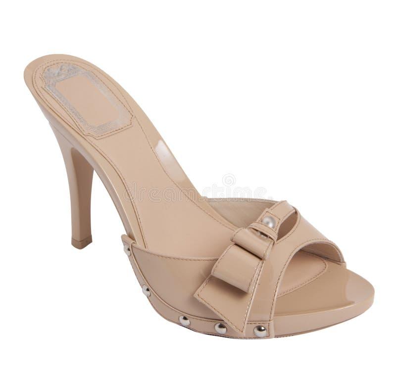 棕色凉鞋妇女 免版税库存照片