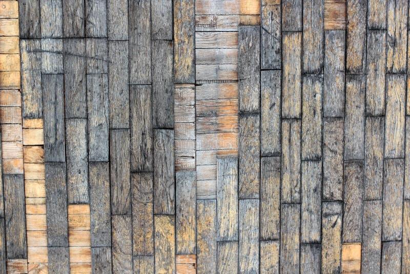 棕色老自然木板条黑暗背景变老了有树地板样式纹理特写镜头金子视图表面的o空的农村室 免版税库存图片