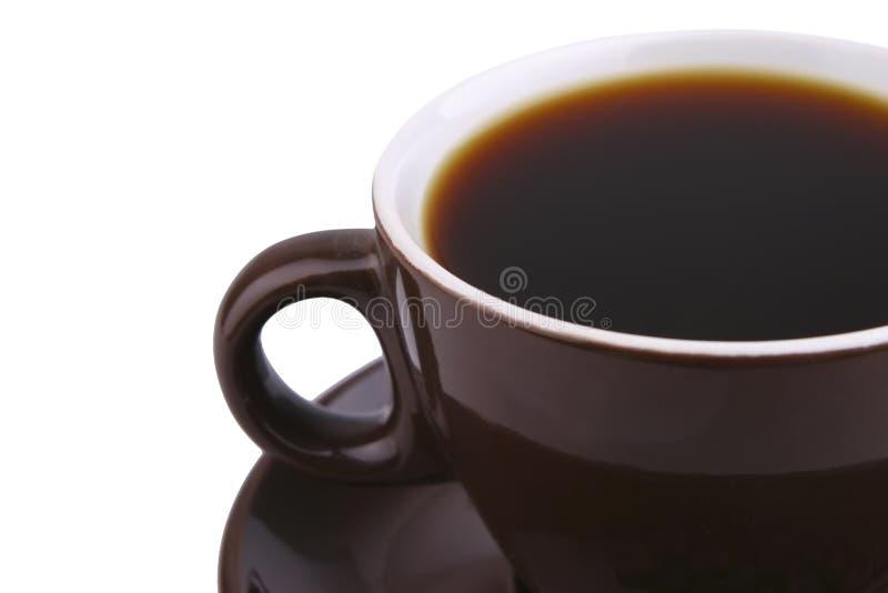 棕色陶瓷在白色的coffe热杯子 库存照片