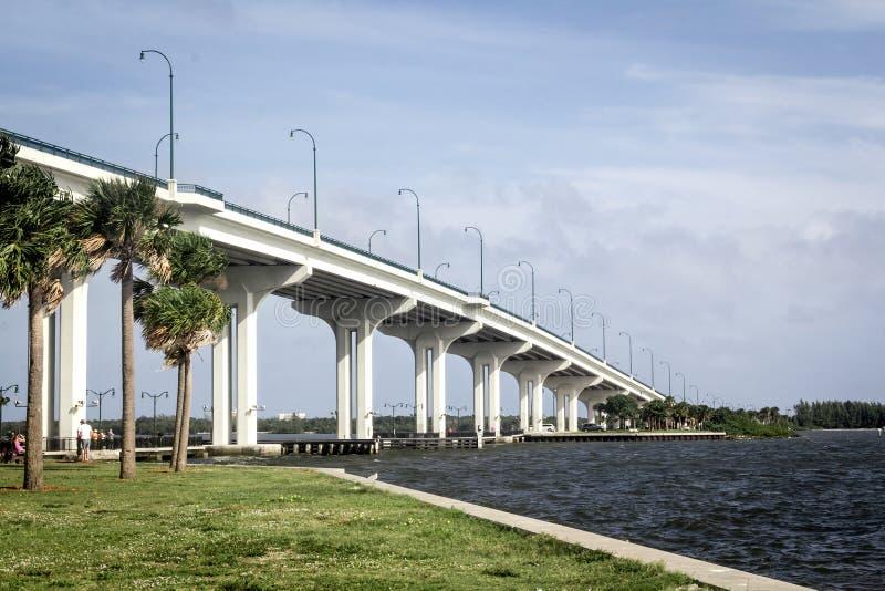 延森海滩桥梁 免版税库存图片