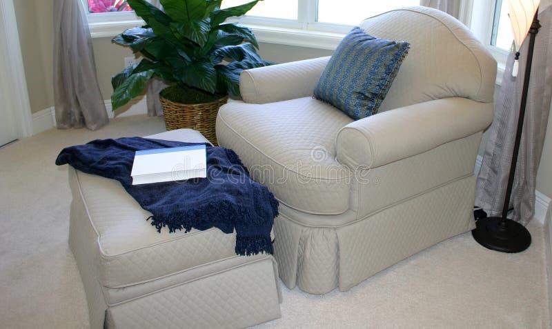 椅子方便壁角容易 免版税库存图片