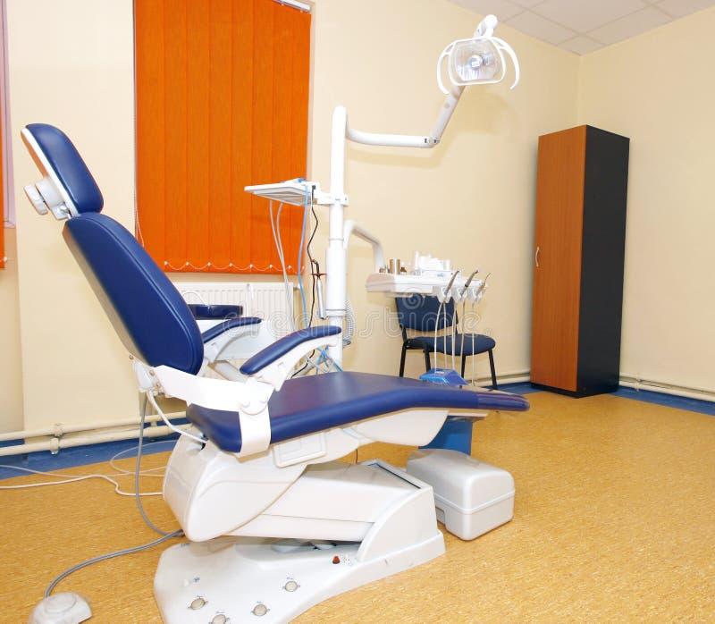 椅子牙科医生 库存照片
