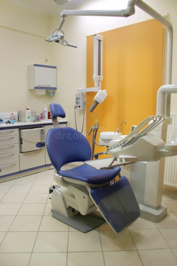 椅子牙科医生 库存图片