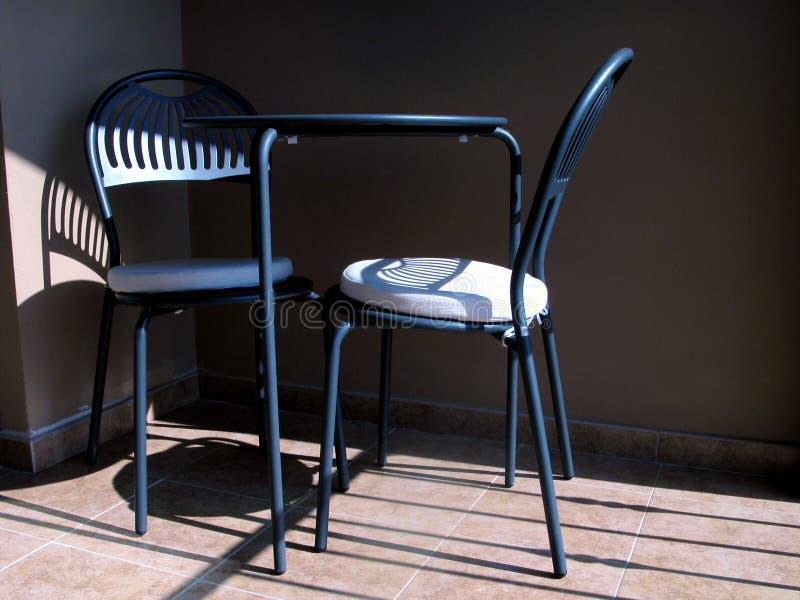 Download 椅子 库存照片. 图片 包括有 蓝色, 家具, 套件, 影子, 俄式三弦琴, 位子, 旅馆, 等待, 椅子, 室外 - 62792