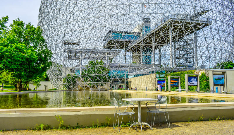 椅子Biosphre蒙特利尔加拿大 免版税库存照片