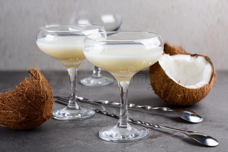 椰子利口酒 免版税库存图片