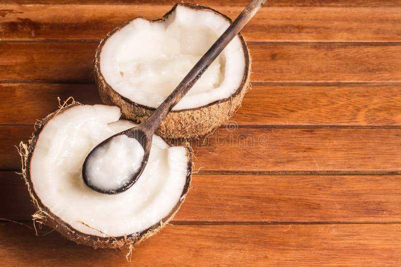 椰子油瓶子 图库摄影