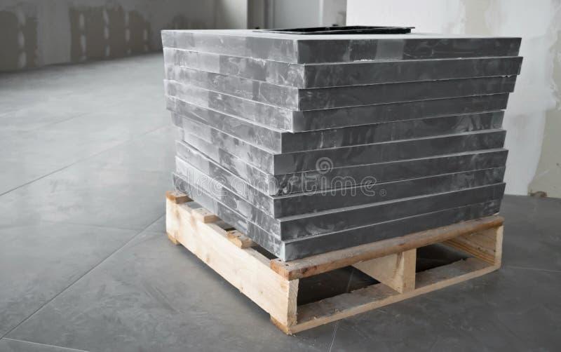 楼层灰色瓦片 免版税库存图片