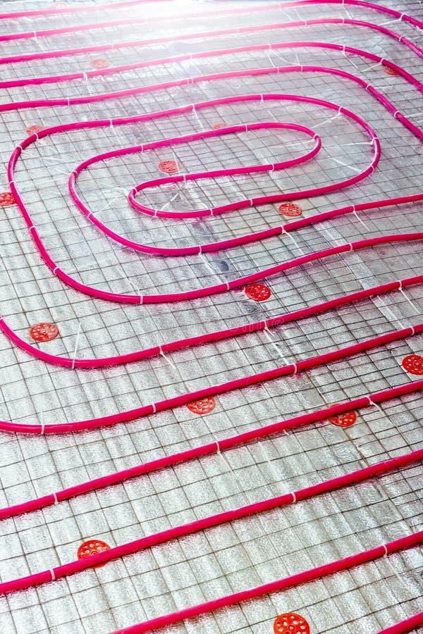 楼板暖气管子 工程系统的设施 免版税图库摄影