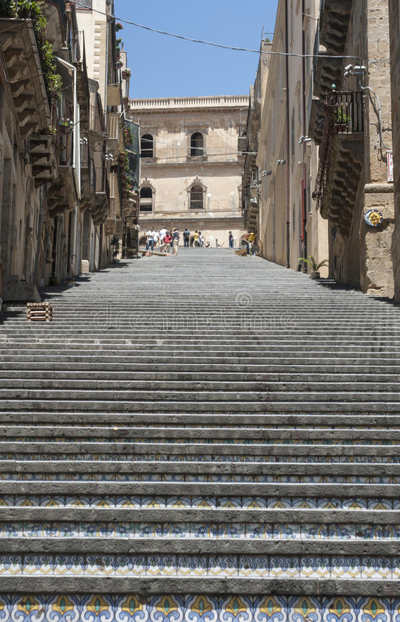 楼梯st登上caltagirone卡塔尼亚西西里岛意大利欧洲玛丽亚  免版税库存图片