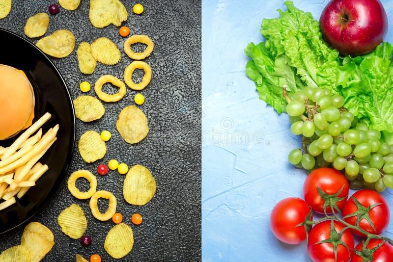 概念健康营养 水果和蔬菜对不健康的fa 免版税库存照片