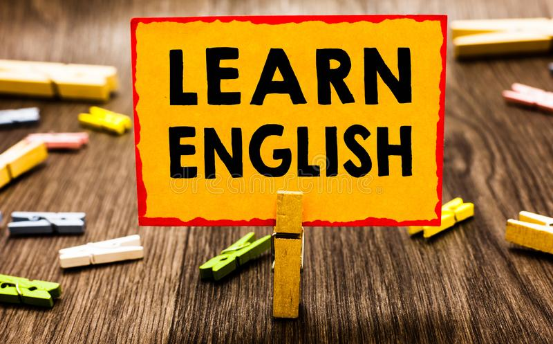 概念性手文字陈列学会英语 陈列共同语言容易的通信的企业照片和了解凝块 皇族释放例证