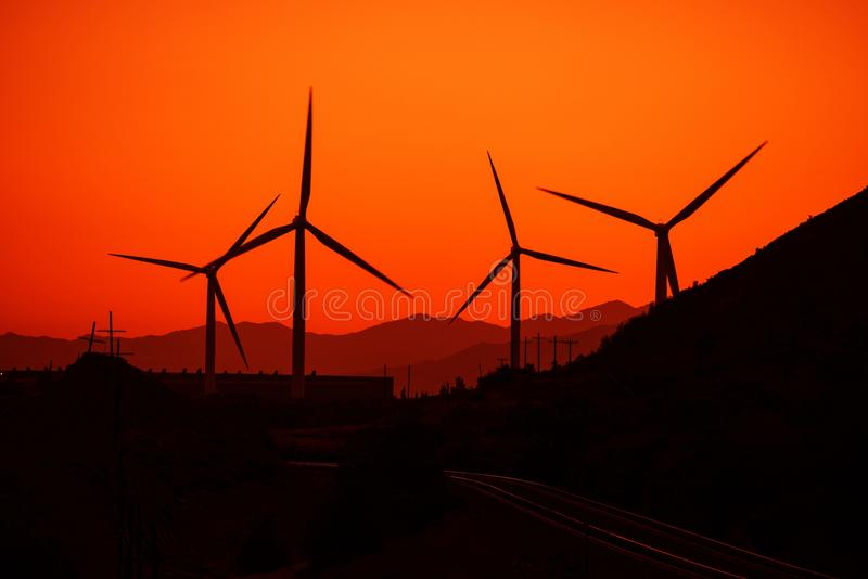 概念能源生成器地球绿色风世界 免版税库存照片