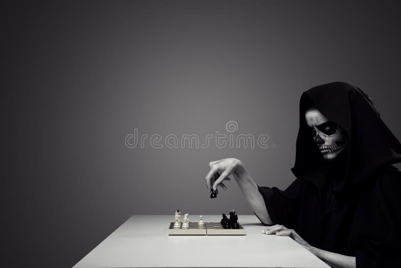 概念& x22; 使用与Death& x22; 库存照片