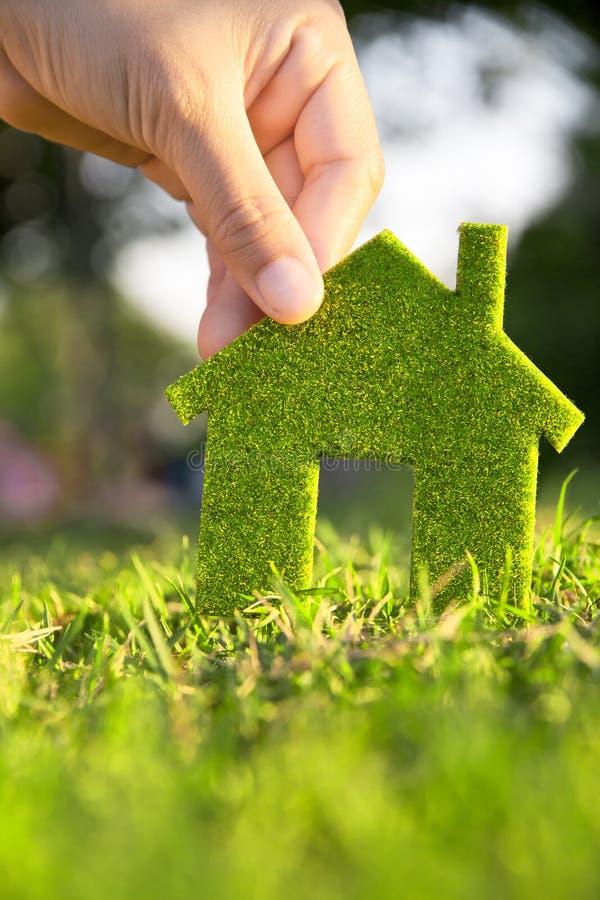 概念eco房子 免版税库存图片