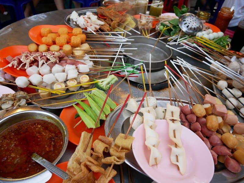 从槟榔岛,马来西亚的街道食物Lok-Lok 库存照片