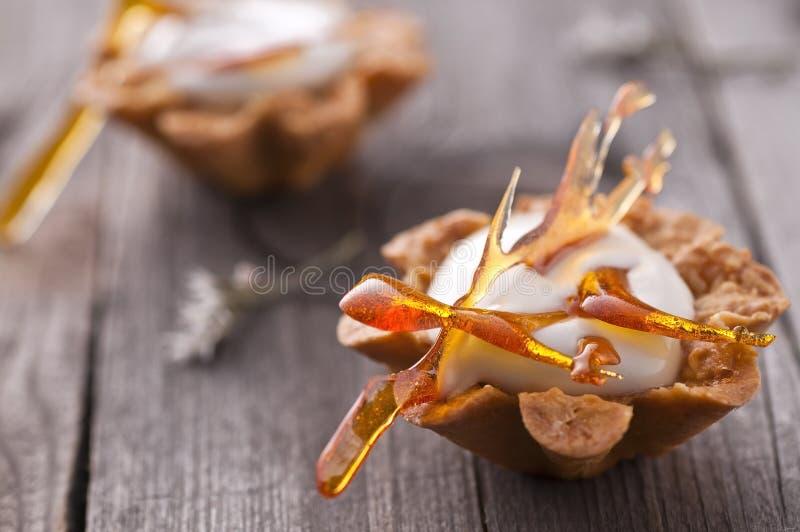 槭树奶油甜点 库存照片