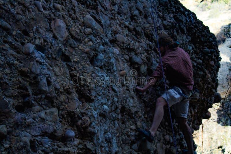 槭树峡谷,犹他在cobb的攀岩旅行 免版税图库摄影
