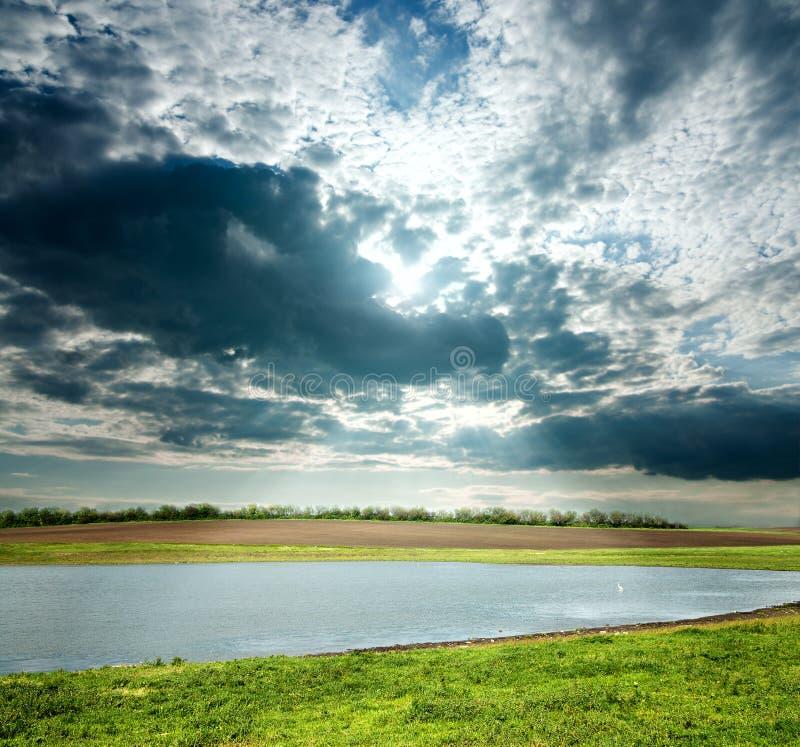 横向阴云密布 免版税图库摄影