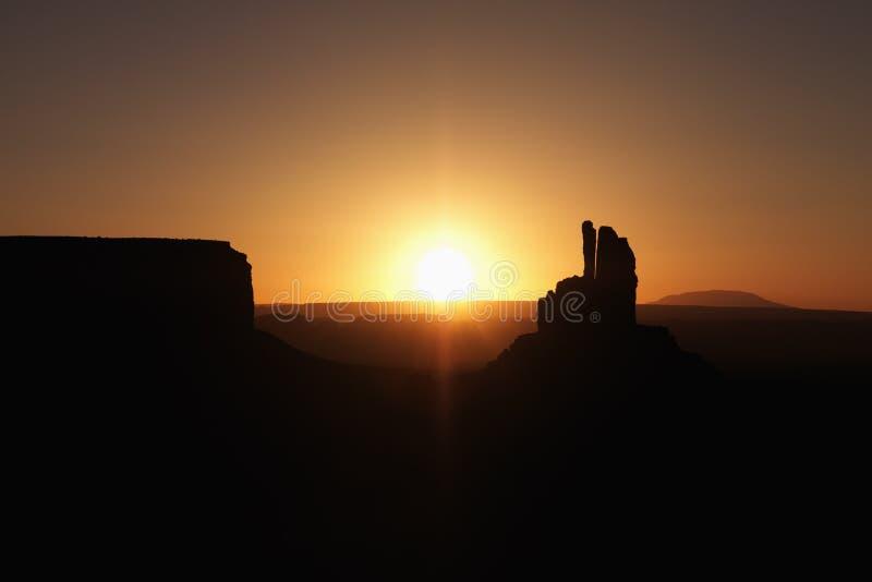 横向mesa纪念碑日落谷 免版税库存图片