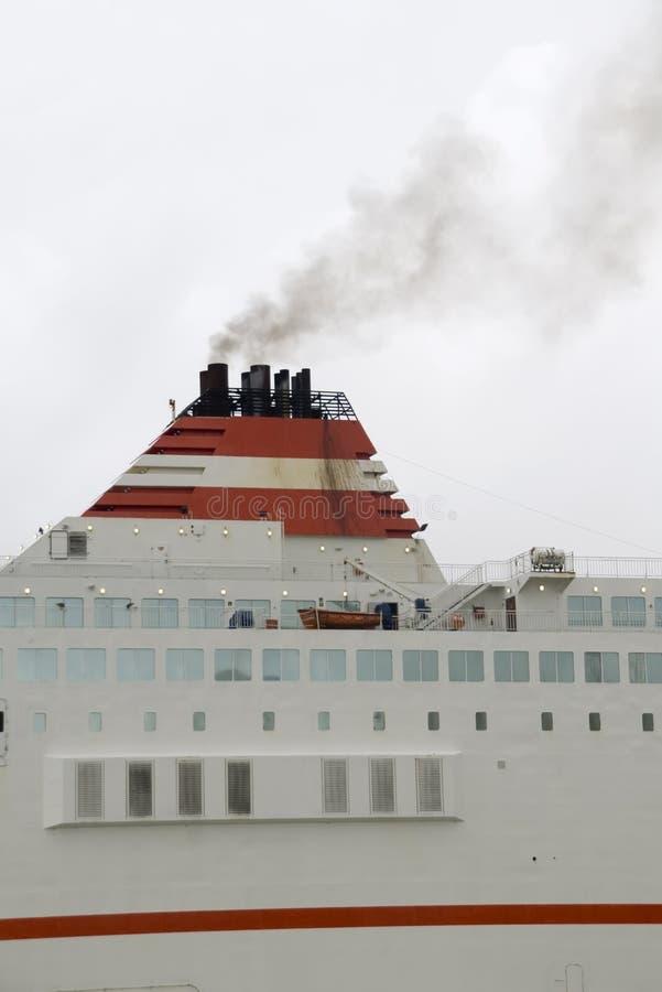横渡大西洋的壁炉 库存照片