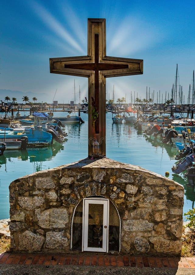 横渡钓鱼海港拉克鲁斯Huanacaxtle墨西哥 库存图片