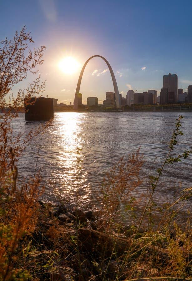 横跨密西西比河的圣路易斯,密苏里地平线 库存照片