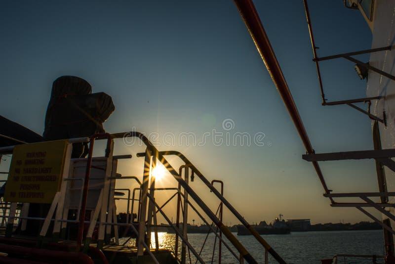横跨海洋的旅途目的地的 免版税库存图片