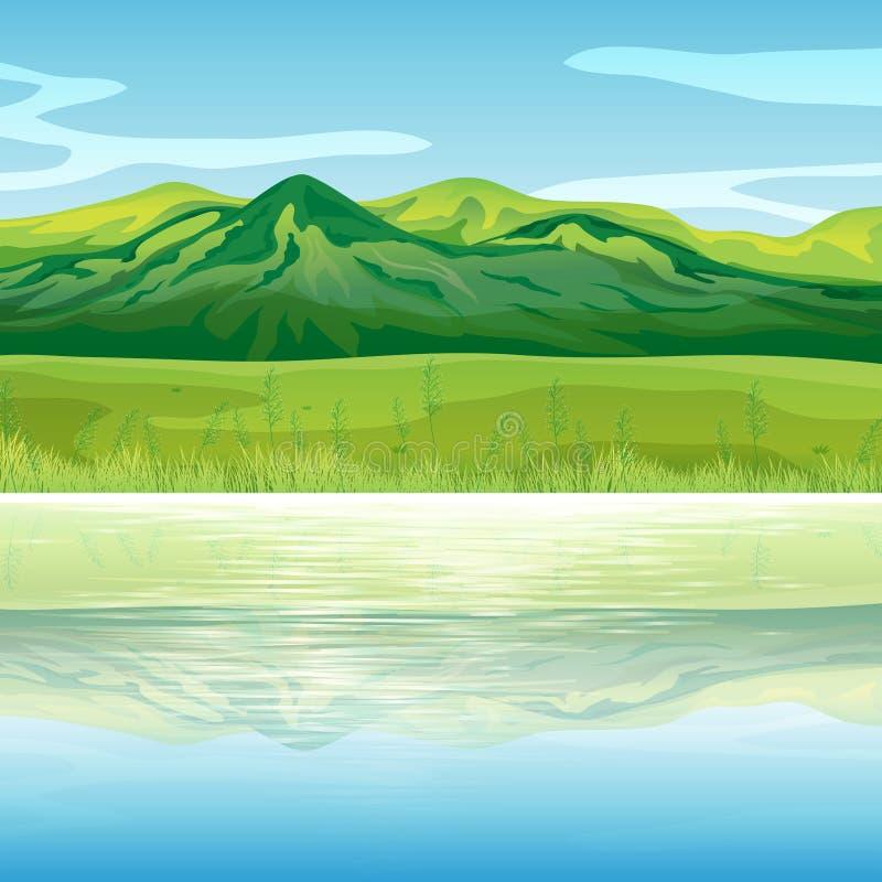 横跨湖的一座山 库存例证