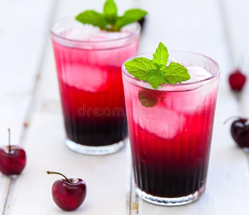 樱桃汁 免版税库存照片