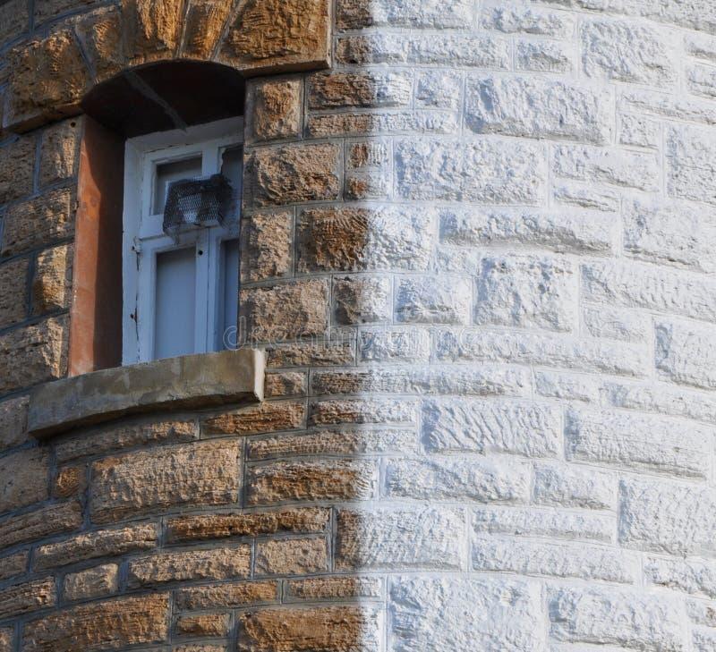 樵夫点灯塔:窗口细节 库存照片