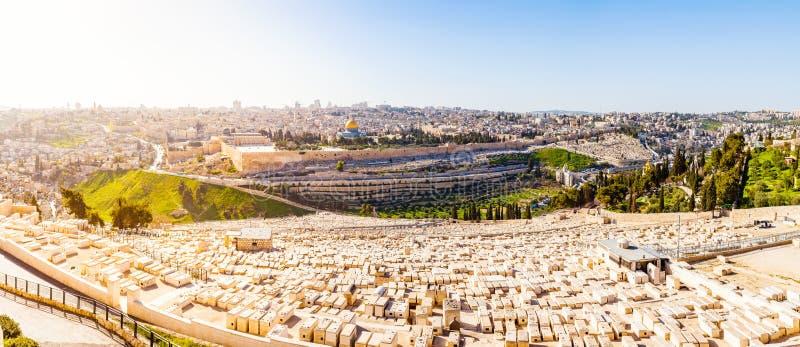 橄榄山和老犹太公墓在耶路撒冷,以色列 库存照片